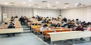 Öğrenciler Üniversite Sınavları İçin Prova Yaptılar