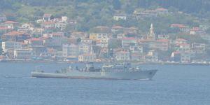 Rus Donanmasına ait arızalı gemi boğazdan geçti