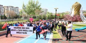 'Sağlıklı Yaşam Yürüyüşü' Keçiören'de Yapıldı