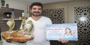 Ukrayna'da, Türk kuaförleri 3 kategorinin en iyisi seçildi