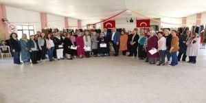 Karabiga Giyim Kursu'nun sergisi açıldı