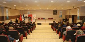 """Beü'de """"Doğu'nun Yedinci Oğlu Sezai Karakoç"""" Konferansı"""