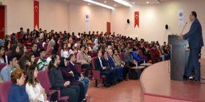 Oğuzeli'nde Üniversite Öğrencilerine Dgs İle Hukuk Fakültesine Geçiş Anlatıldı