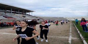 Bandırmalı Atletler 19 Mayıs İçin Koştu