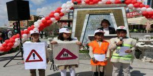 Boğazlıyan'da Öğrencilerden Trafik Haftası Etkinliği