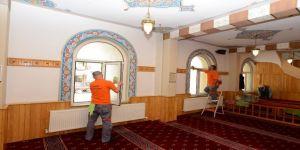 Camiler Ramazana hazırlanıyor