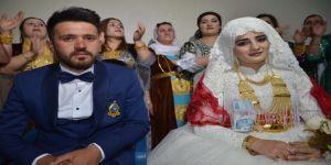 Aşiret Düğününde Damada 200 Bin Lira, Geline 1 Kilo Altın Takıldı