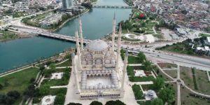 Sabancı Merkez Camii'nin Şifreleri