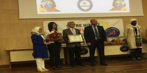 Anadolu Lisesi'ne Çevre Hizmet Ödülü