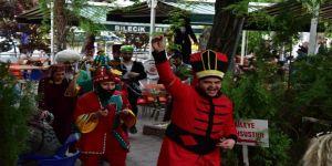 Halk, Ramazan Şenliğine Osmanlı'dan kalma bir gelenek ile davet edildi