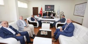 Ayesob Yönetimi'nden Başkan Atay'a 'Hayırlı Olsun' Ziyareti