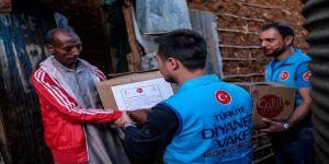 Türkiye Diyanet Vakfının yardımları Kenya'da yüzleri güldürdü