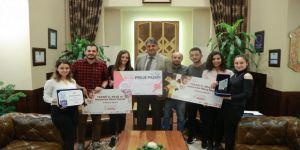 Rektör Polat, Ödül Kazanan Öğrencileri Tebrik Etti
