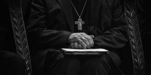 Katolik Kilisesinde cinsel istismara karşı ilk önlem