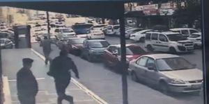 Sokak Ortasında Silahlı Kovalamaca Kamerada