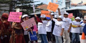 Engelliler Haftası'nda Farkındalık Yürüyüşü