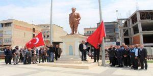 Germencik Kent Meydanı Bayraklarla Canlandı
