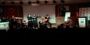 'Matematik Perdesi' İsimli Tiyatro Sahnelendi