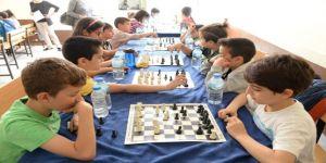 Büyükşehir'in Satranç Turnuvasına Yoğun İlgi