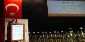 Bursa'da 'Bir Bilenle, Bilge Nesil' Ödülleri Verildi