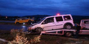 Ticari Taksi ile Otomobil Çarpıştı: 8 Yaralı