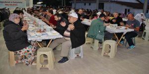 Ahlatlıburun köy muhtarlığından iftar yemeği