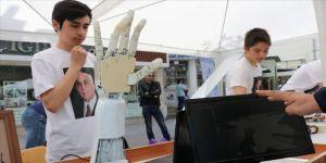Öğrenciler robotik kol tasarladı