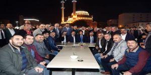 AK Partili yöneticiler irfan sofrasına konuk oldu
