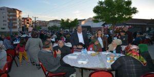 3 bin kişi Demirtaş'ın iftarında buluştu