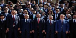 Bakan Kasapoğlu'ndan Anıtkabir'e ziyaret