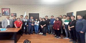 Başarılılarını Gençlik Spor İl Müdürü İle Paylaştılar