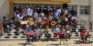 En Temiz Müzik Grubuna Adalet Bakanı Gül'den Sürpriz