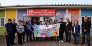 Katırcıoğlu, özel çocukların aileleriyle buluştu