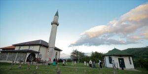 TDV'den Bosna Hersek'in 'ahidname' köyünde iftar