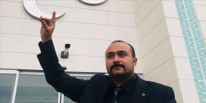 MHP Eşme İlçe Başkanı ayağından vuruldu