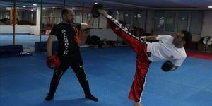 Ayakkabı tamircisi kick boksçunun hedefi dünya şampiyonluğu