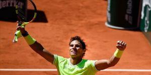 Fransa Açık'ta ilk finalist Federer'i deviren Nadal