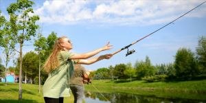 Porsuk Çayı'nda balık tutma yarışı