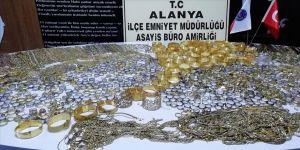 20 kilo 318 gram sahte altın ele geçirildi