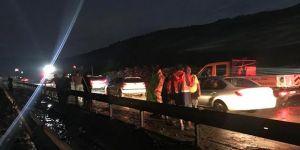 Manisa-İzmir kara yolu trafiğe kapandı