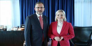 Bakan Kasapoğlu, İzlandalı mevkidaşıyla görüştü