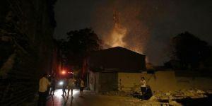 Gecekondu yangını: 1 ölü, 1 yaralı