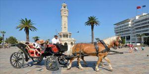 İzmir'de faytonlar yasaklandı