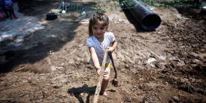 Mersin'de çocuklar için zorlu parkurda eğlenceli yarışma