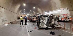 Pendik'te zincirleme trafik kazası: 5 yaralı
