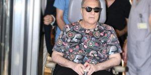 Mehmet Ali Erbil terasa çıktı