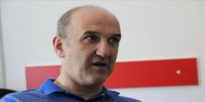 Türk doktor Kuzey Makedonya'da gönüllü eğitim veriyor