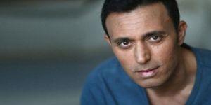 Mustafa Sandal filtresiz ve kaslı