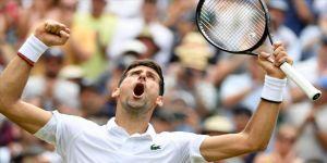 Wimbledon'da Djokovic yarı finale yükseldi