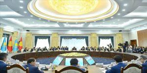 Kırgızistan ile Kazakistan arasındaki ticaret ivme kazanıyor